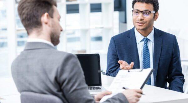 dicas de como se comportar em uma entrevista de emprego